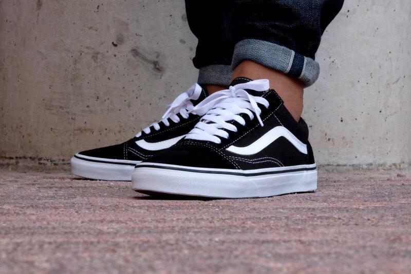 แฟชั่นรองเท้า Sneakers
