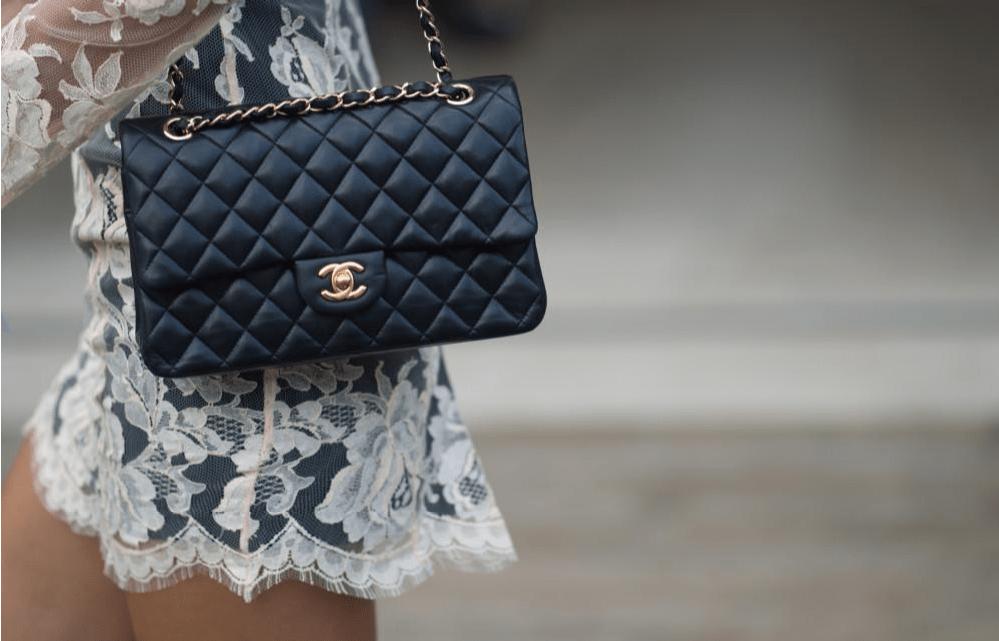 กระเป๋าแบรนด์เนม-Chanel classic bag เ